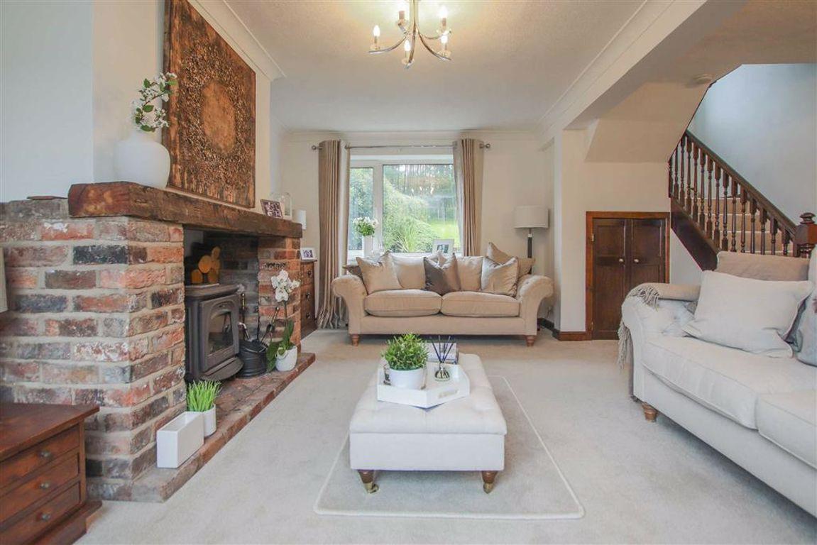 4 Bedroom Semi Detached Cottage For Sale - Image 29