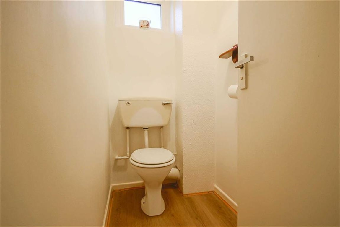 3 Bedroom Mews House For Sale - Image 11