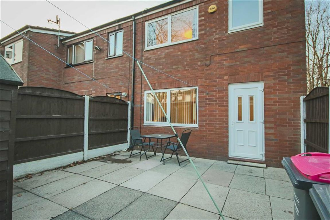 3 Bedroom Mews House For Sale - Image 15