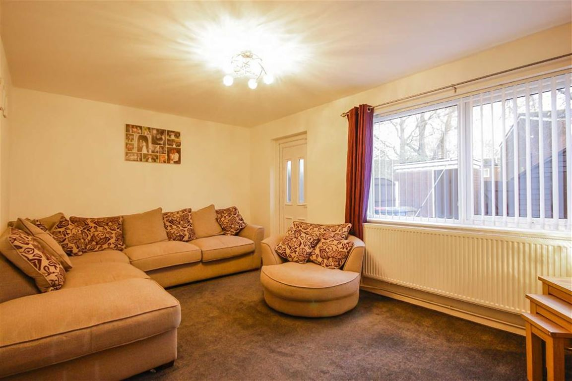 3 Bedroom Mews House For Sale - Image 17