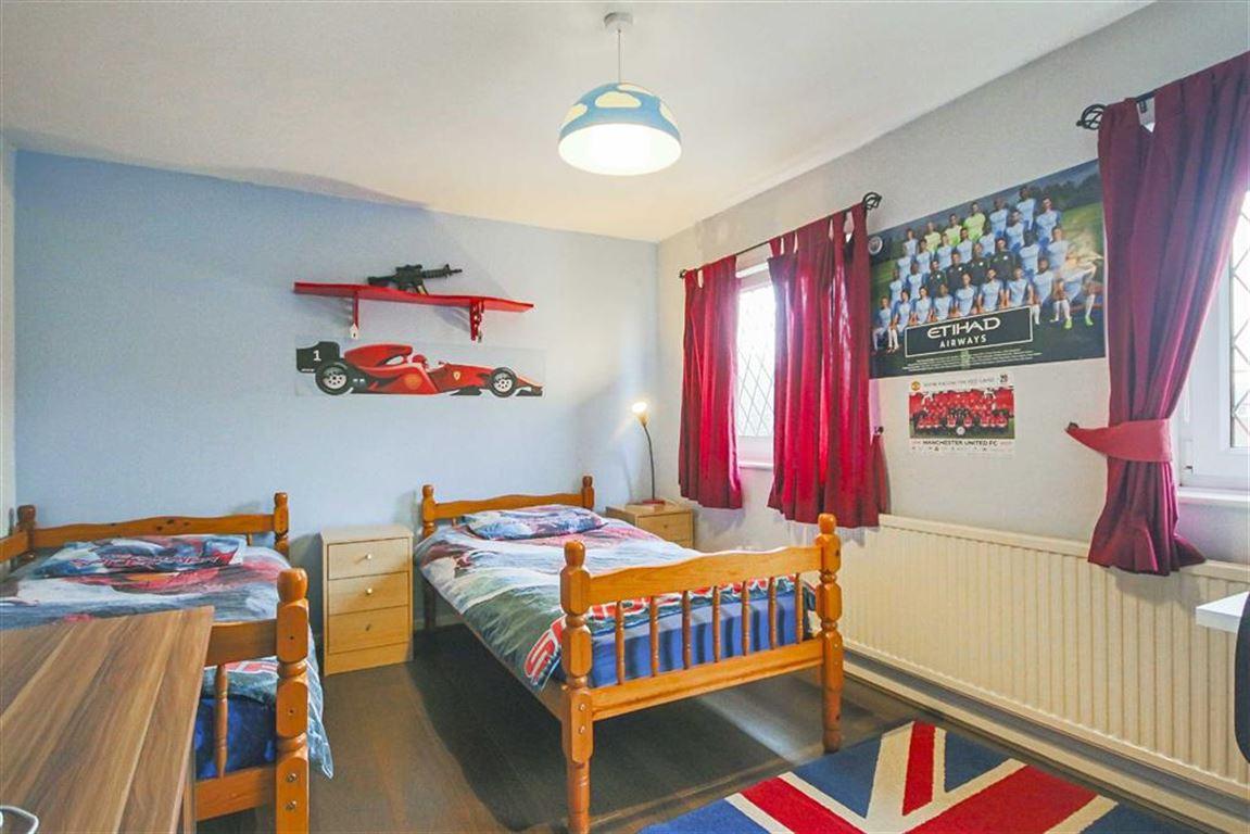 2 Bedroom Semi-detached House For Sale - Image 11