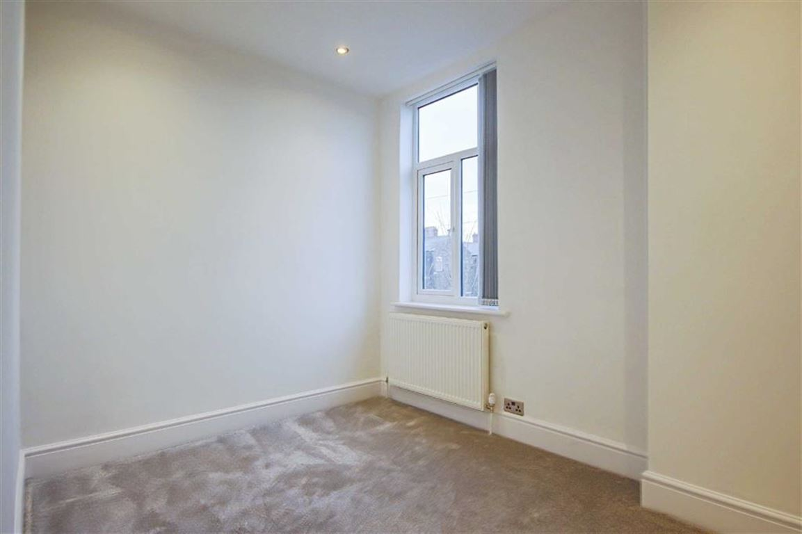 3 Bedroom Semi-detached House For Sale - Image 15