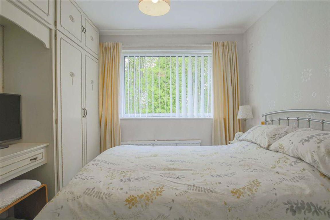 3 Bedroom Detached House For Sale - Image 7