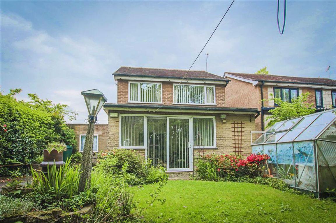 3 Bedroom Detached House For Sale - Image 11