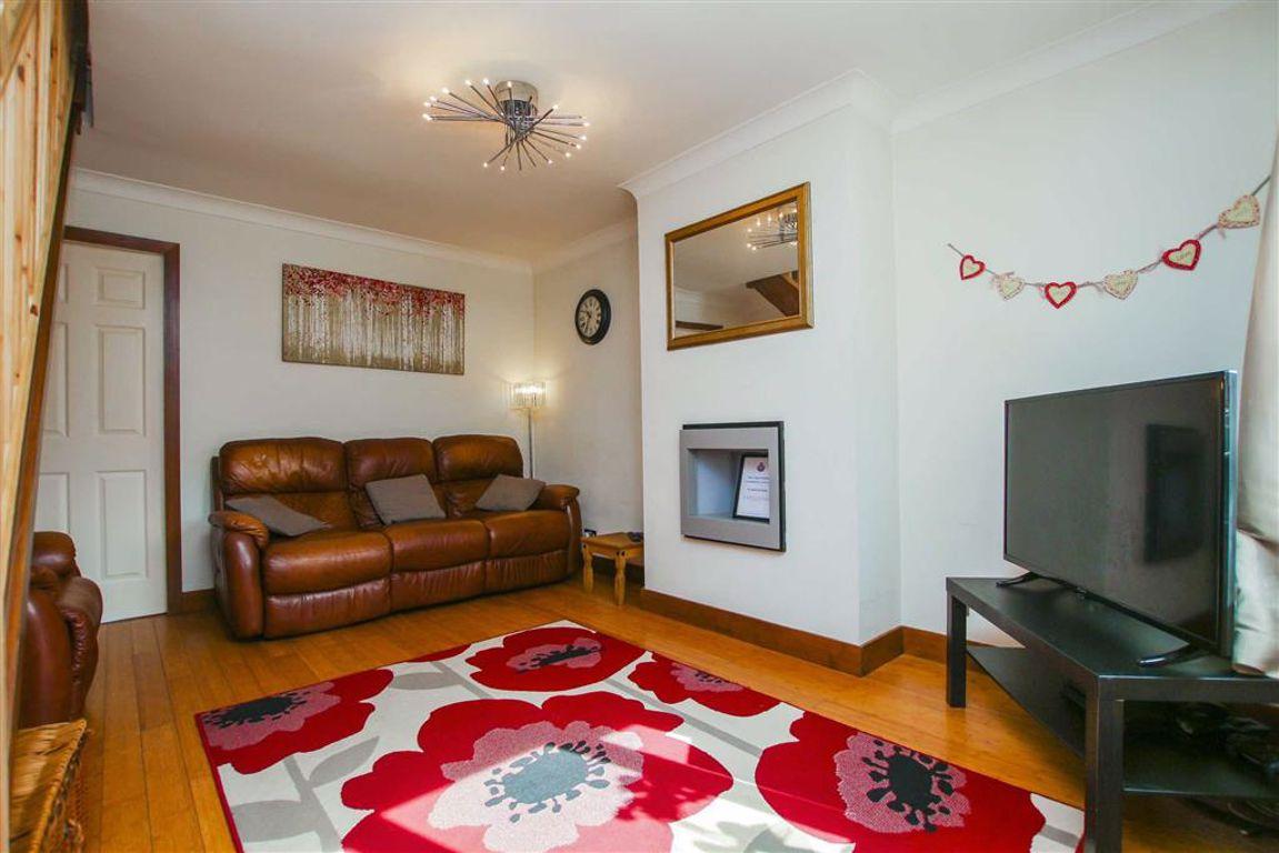 2 Bedroom Semi-detached House For Sale - Image 16