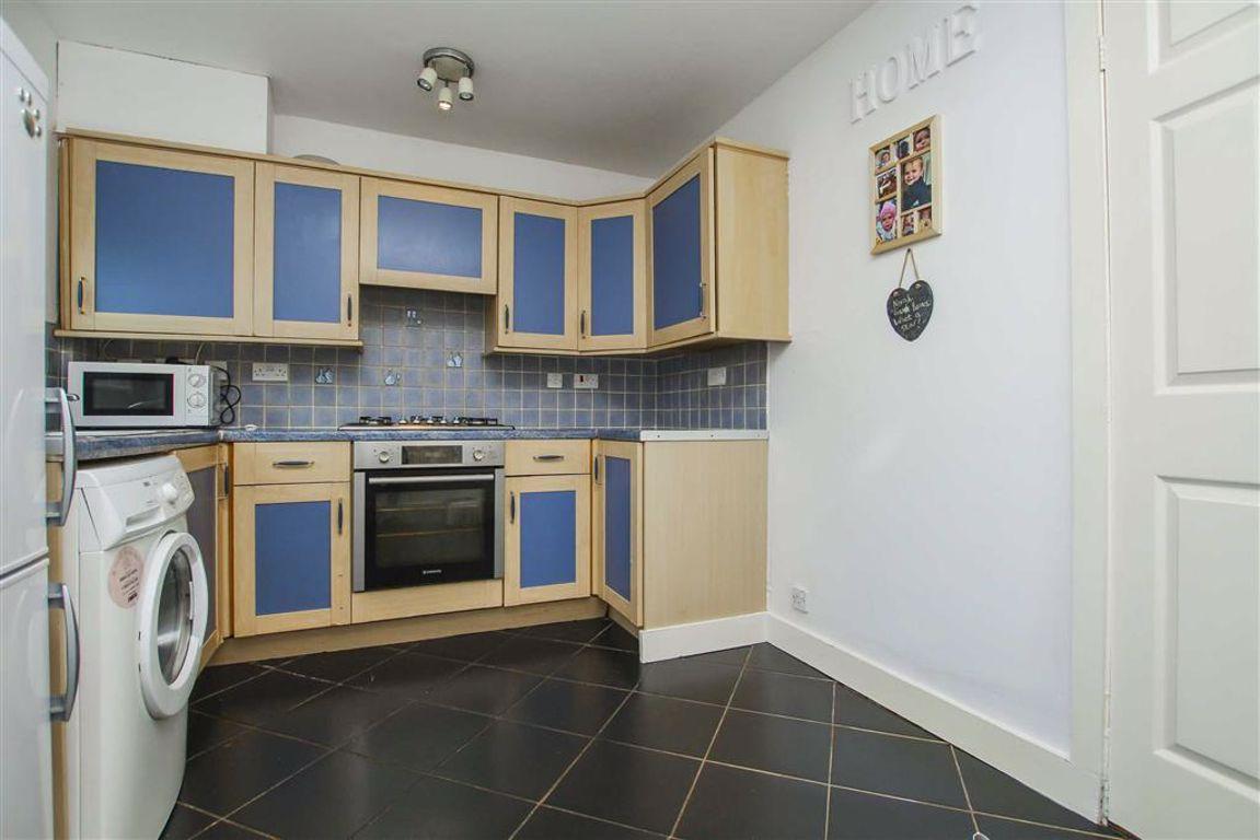 2 Bedroom Semi-detached House For Sale - Image 14