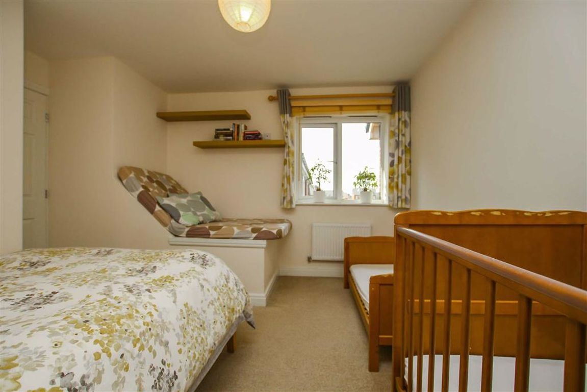 2 Bedroom Quasi Semi House For Sale - Image 10