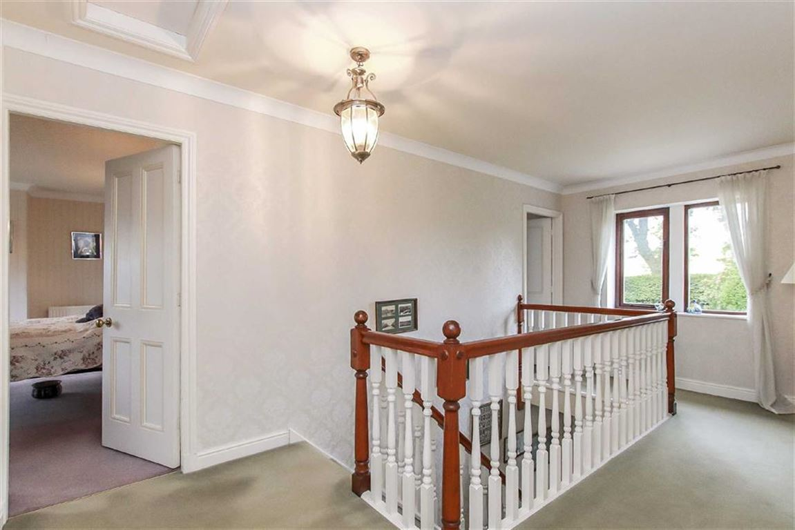 5 Bedroom Detached House For Sale - Image 25