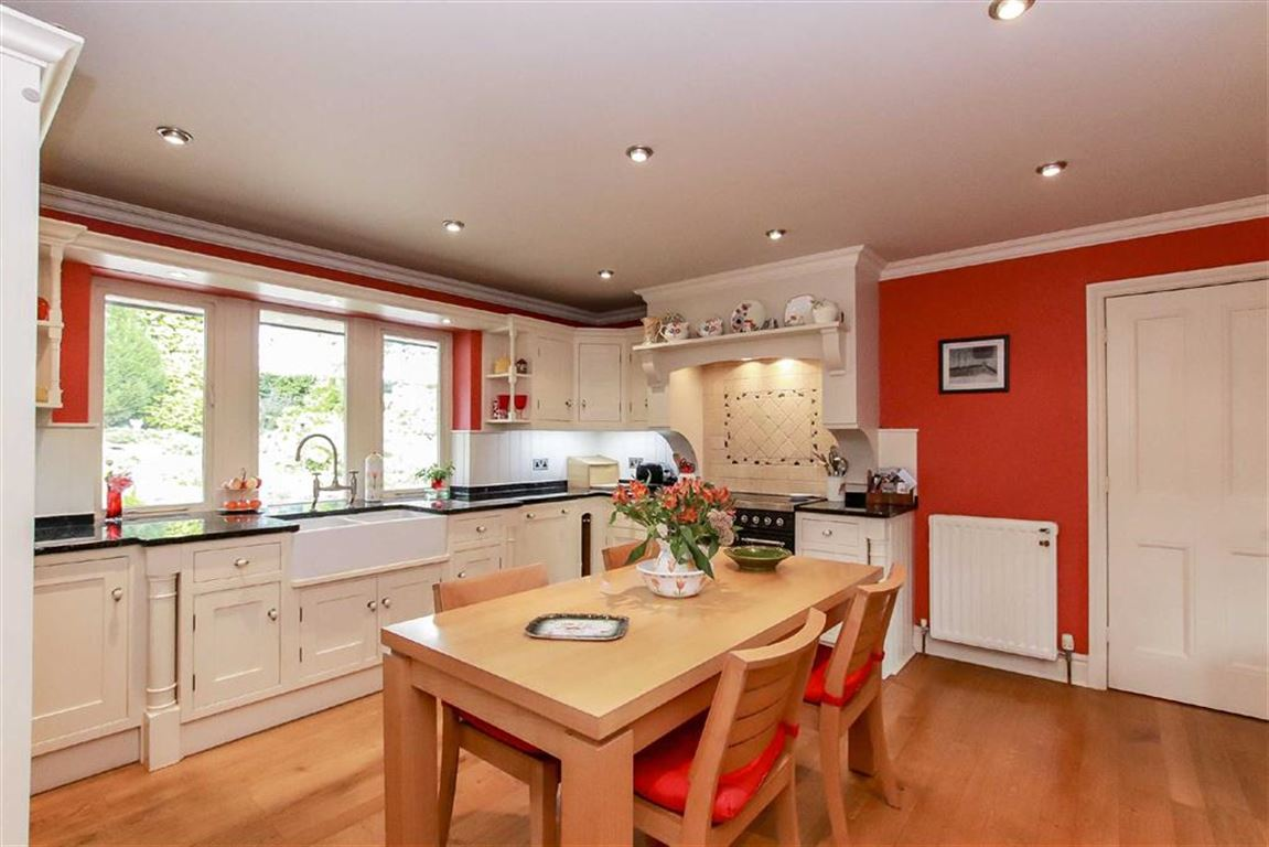 5 Bedroom Detached House For Sale - Image 30