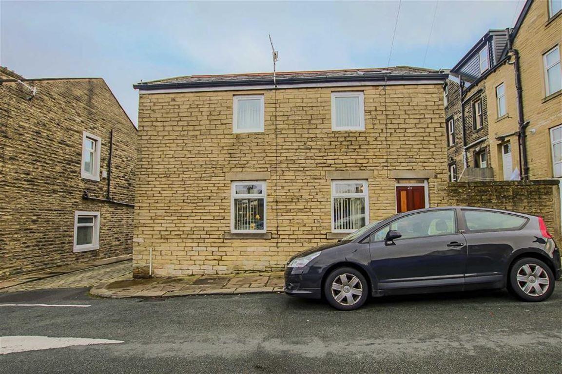 2 Bedroom Detached House For Sale - Image 8