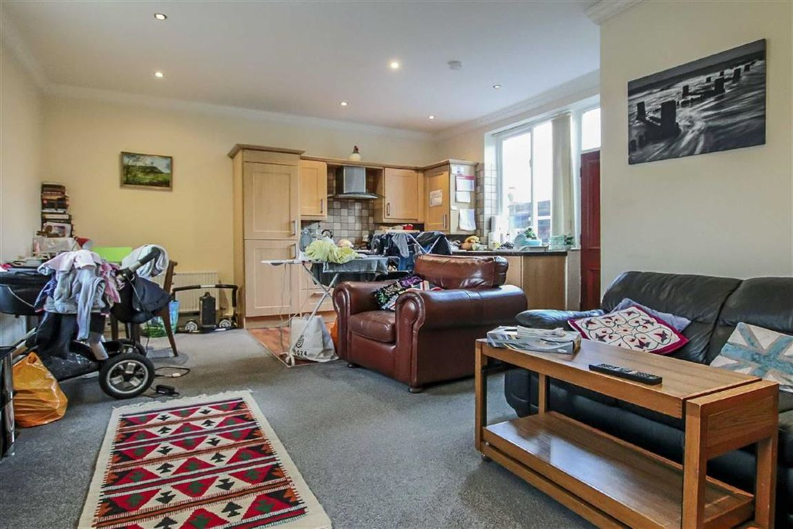 2 Bedroom Detached House For Sale - Image 2