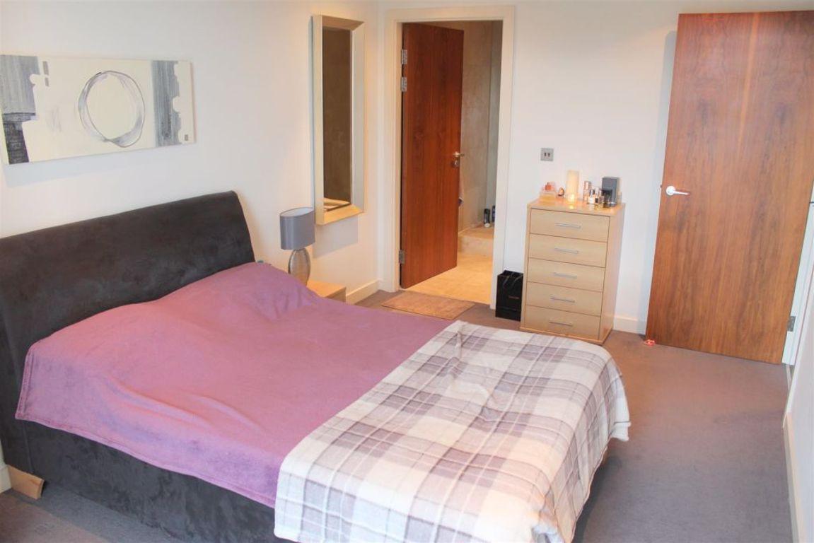 City Lofts, Salford - 2 Bed - Apartment