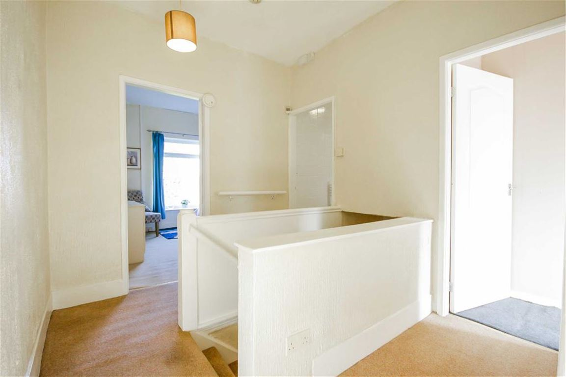 3 Bedroom Semi-detached House For Sale - Image 11