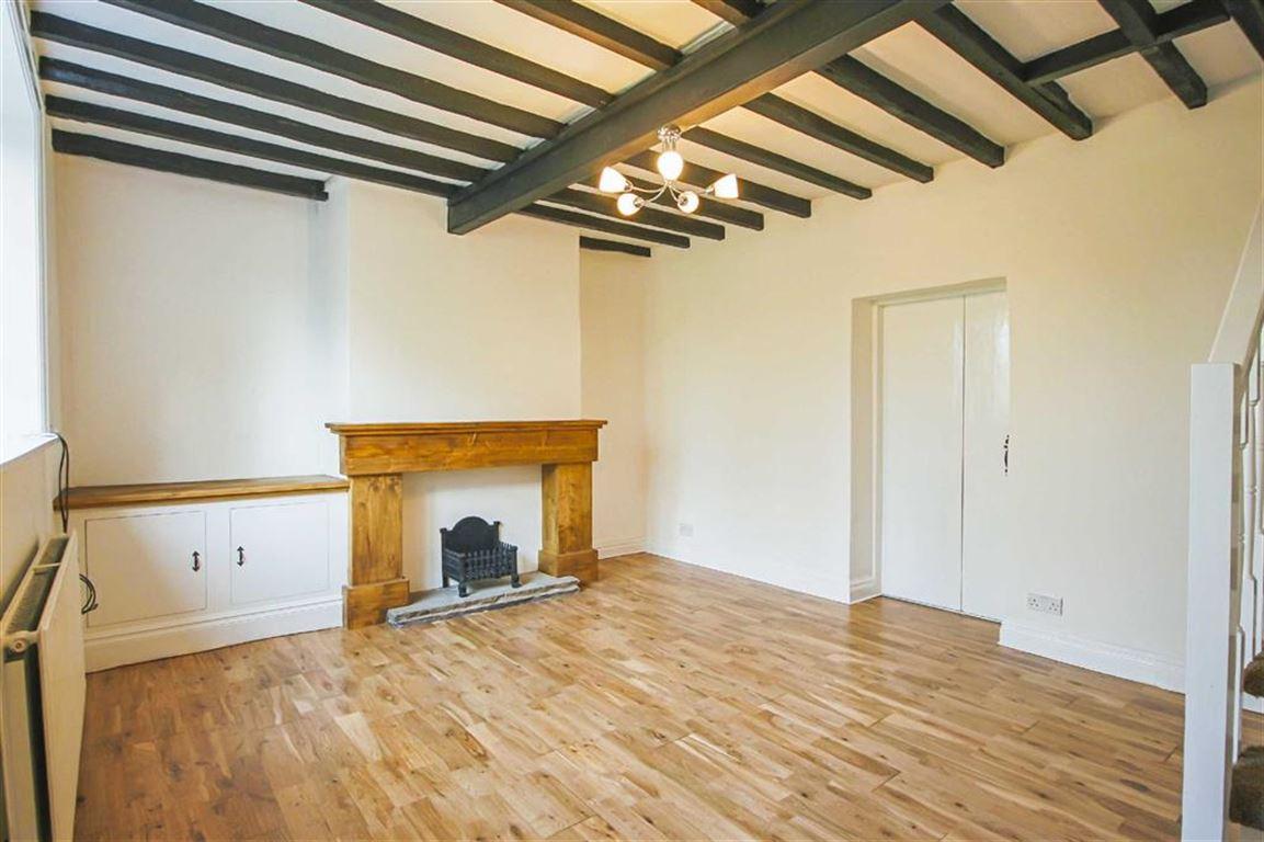 2 Bedroom Cottage For Sale - Main Image