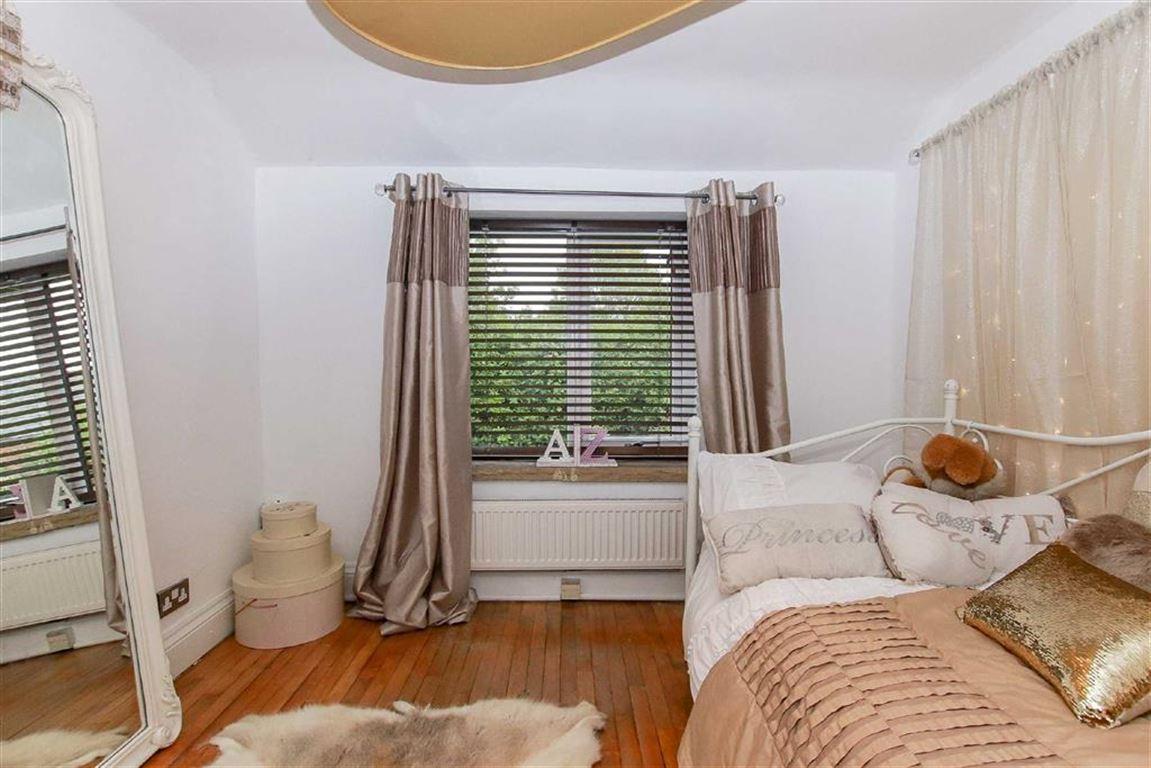 5 Bedroom Equestrian For Sale - Image 35
