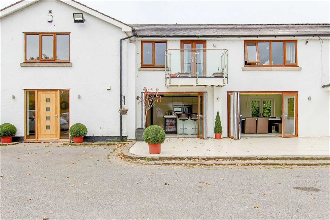 5 Bedroom Equestrian For Sale - Image 28
