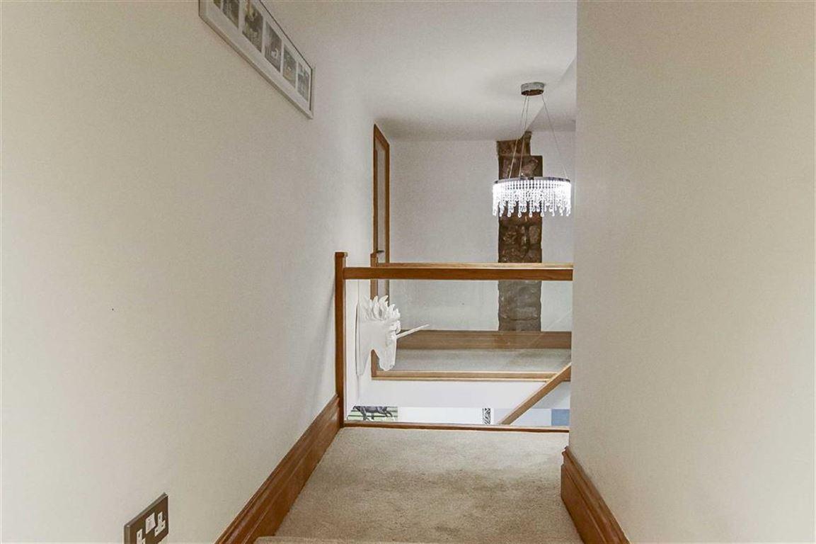 5 Bedroom Equestrian For Sale - Image 38
