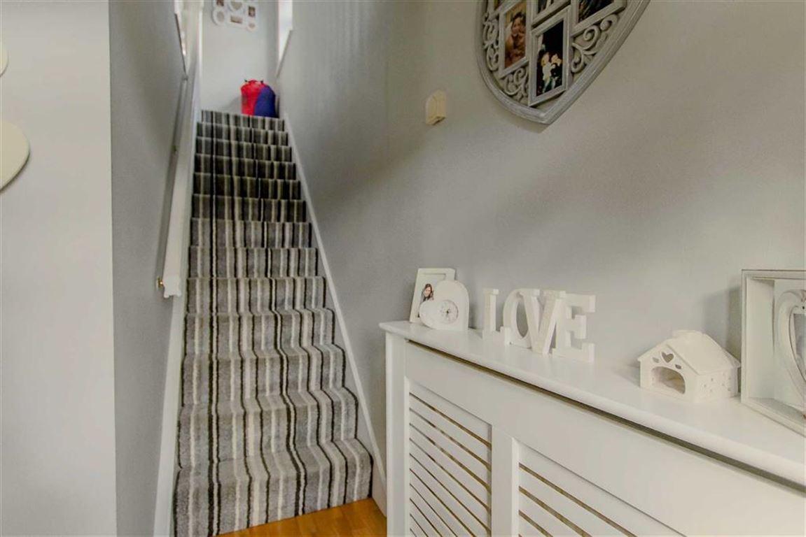 3 Bedroom Semi-detached House For Sale - Image 19