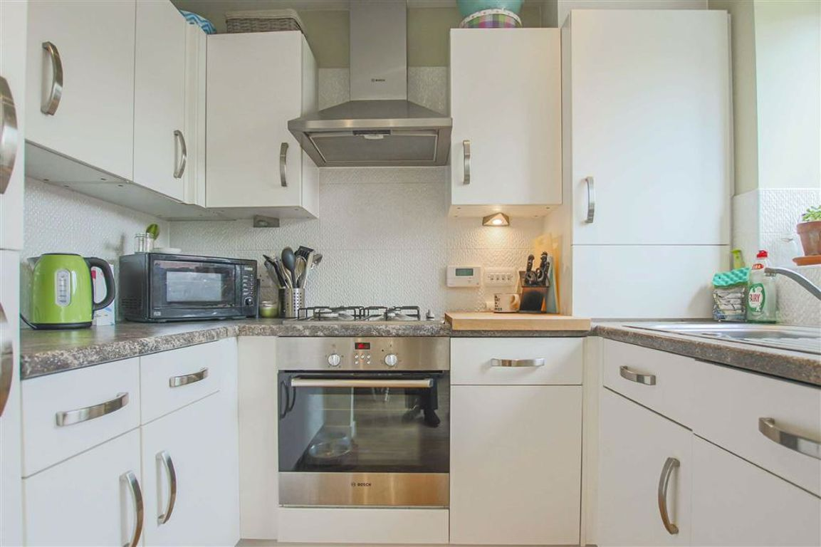 2 Bedroom Mews House For Sale - Image 3