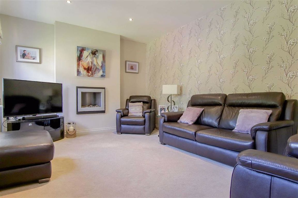 4 Bedroom Mews House For Sale - Image 12