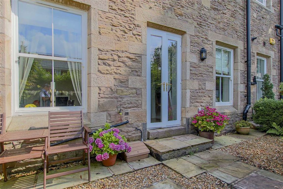 4 Bedroom Mews House For Sale - Image 11