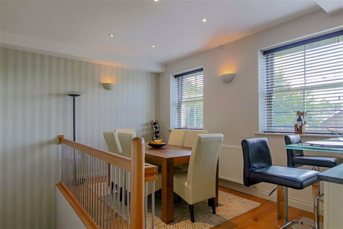 4 Bedroom Mews House For Sale - Image 28