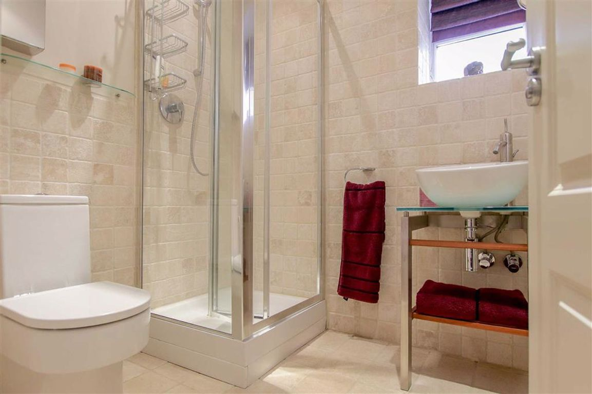 4 Bedroom Mews House For Sale - Image 13