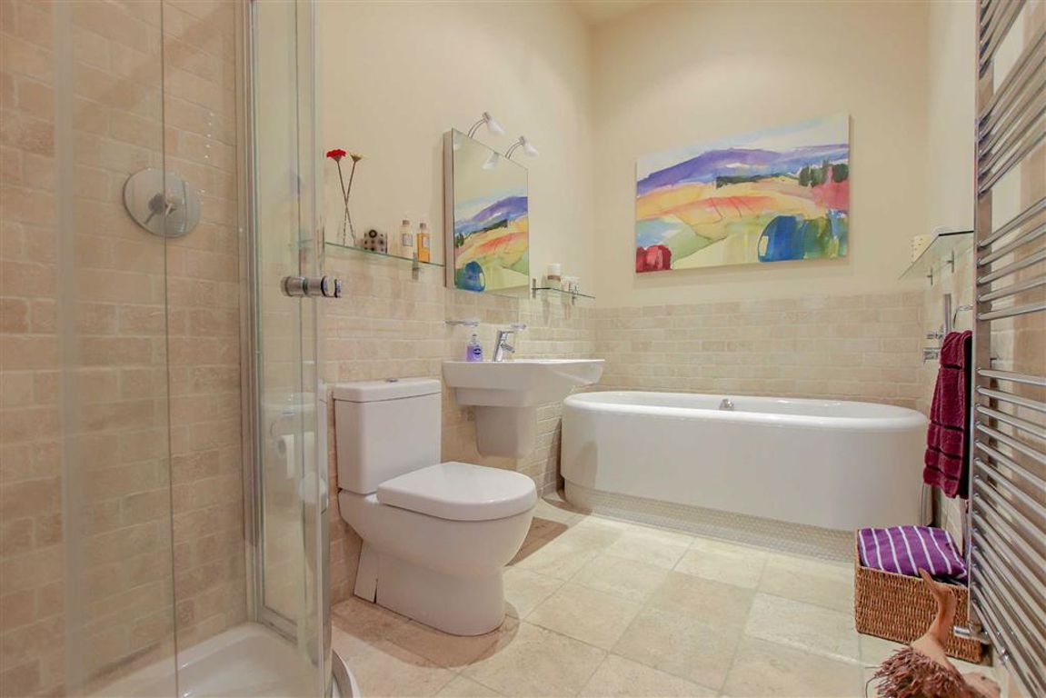 4 Bedroom Mews House For Sale - Image 9