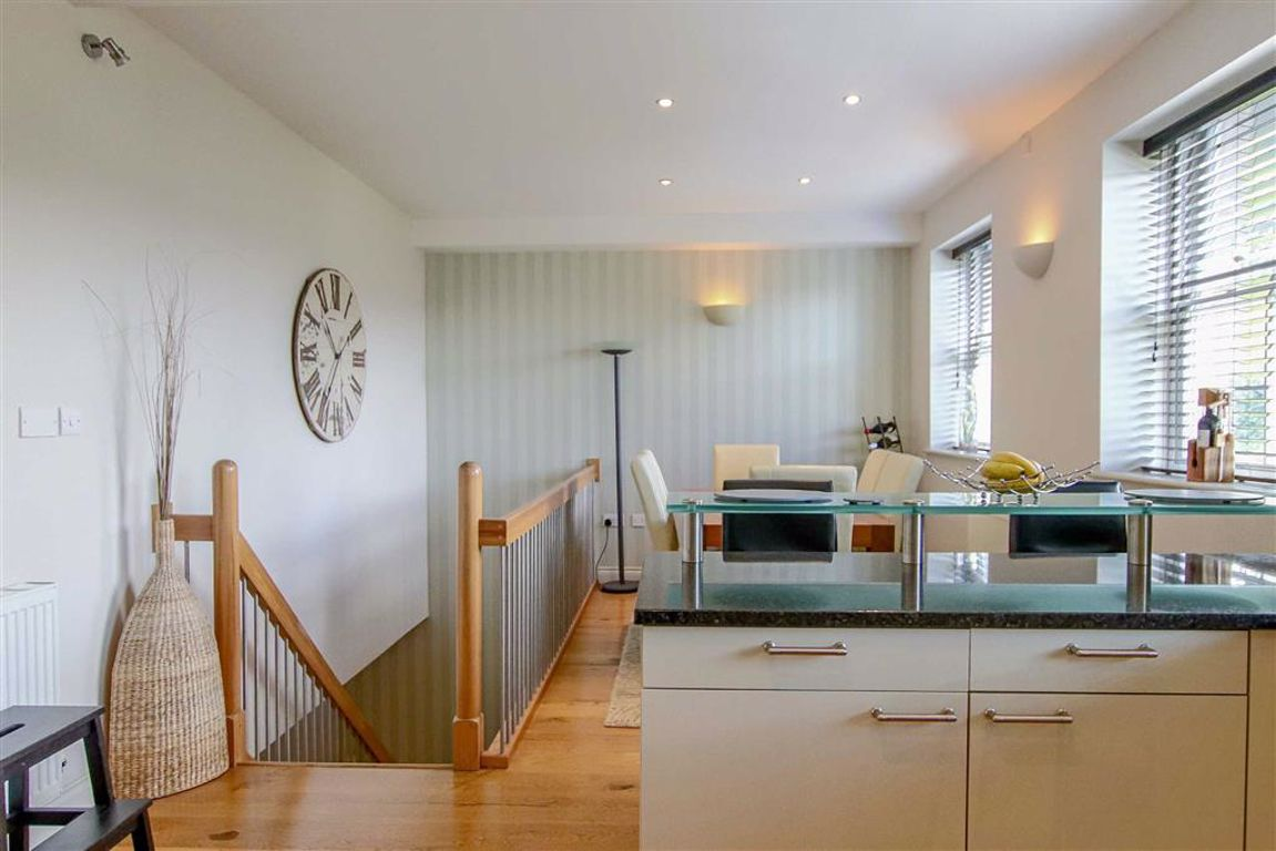 4 Bedroom Mews House For Sale - Image 18