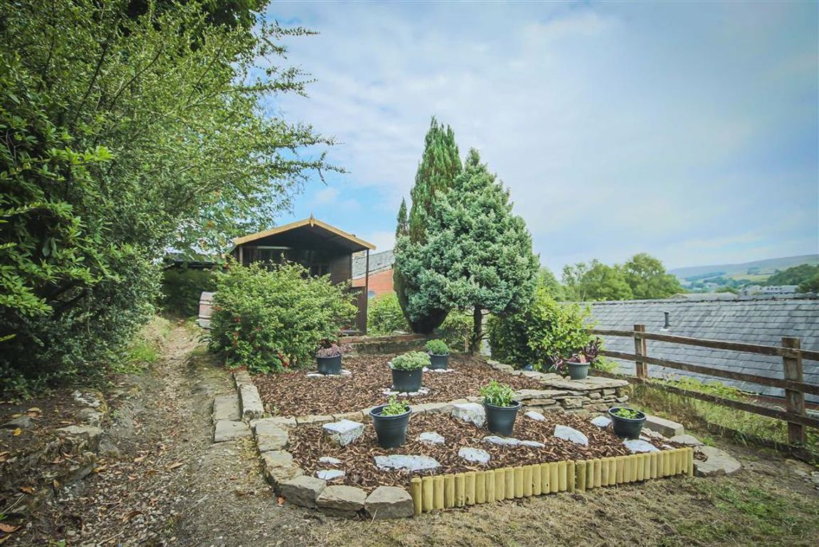 4 Bedroom Detached House For Sale - Image 30