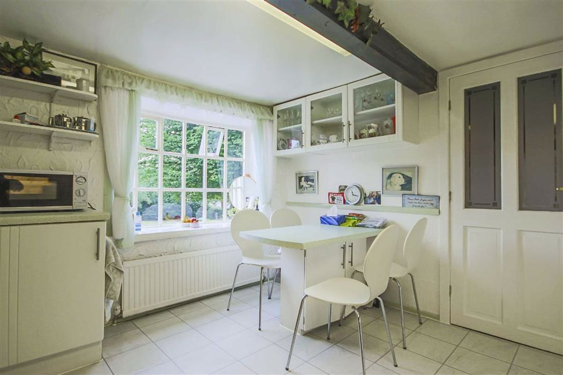 4 Bedroom Detached House For Sale - Image 29