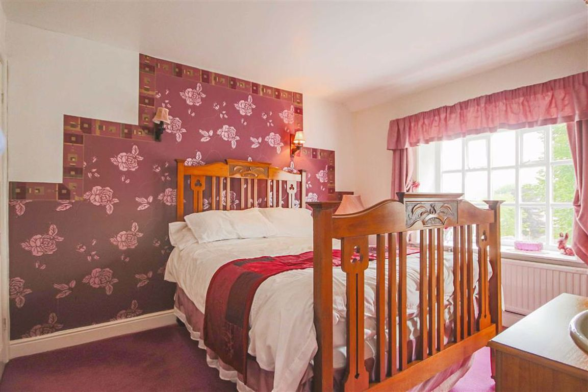 4 Bedroom Detached House For Sale - Image 20