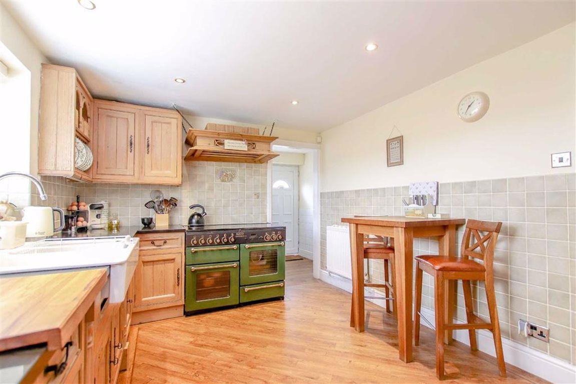 3 Bedroom Detached Bungalow For Sale - Image 18