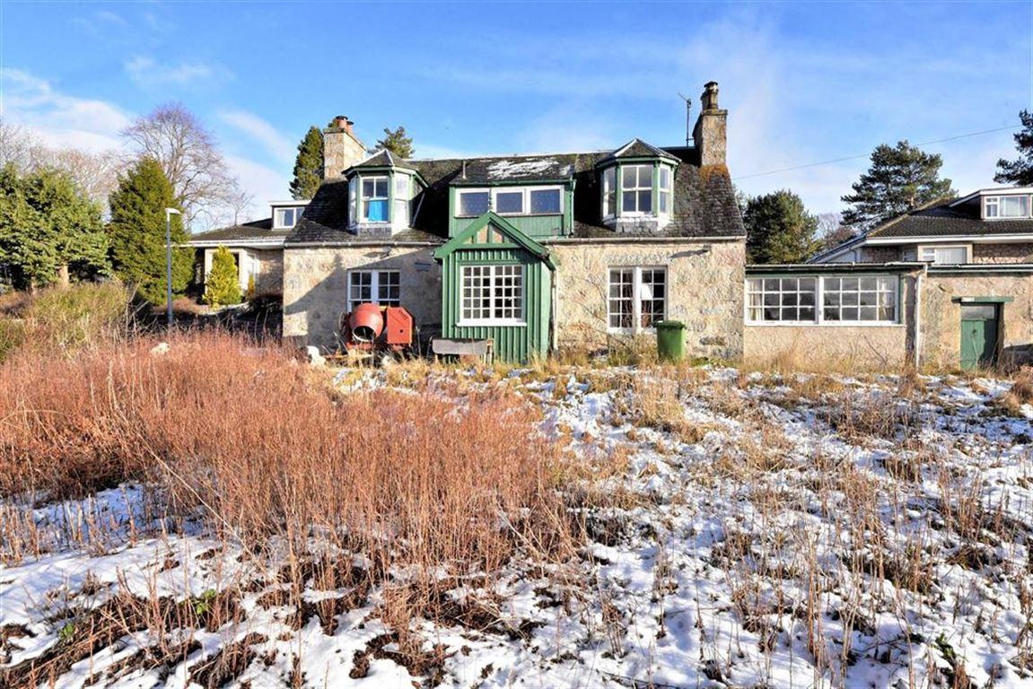 Coilintra Cottage, Dunstaffnage Brae, Grantown On Spey