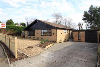 4, Rochbury Close, Bamford, Rochdale, OL11